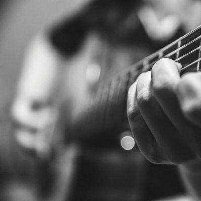 guitarPractice-crop